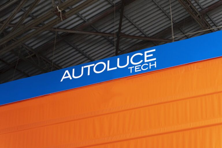 Autoluce_Hangar_0003